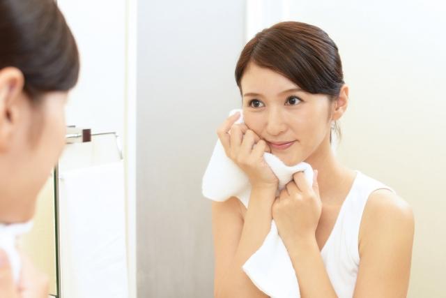 炭酸泡洗顔はニキビの解消に効果があるのか調査しました!